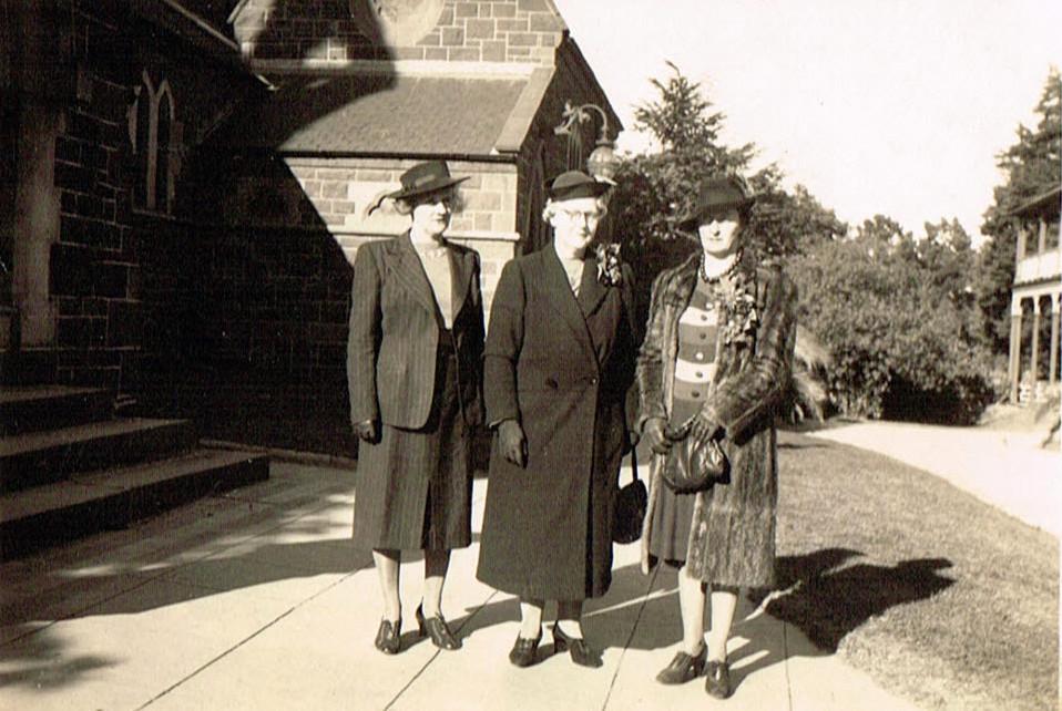 Aunty Daisy Fanning nee Dillon, Ida Fanning and Nance Fanning nee Kelleher