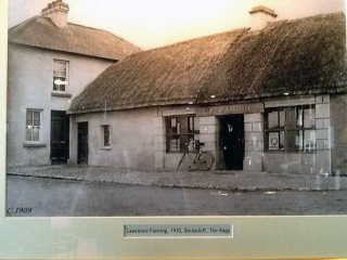 Laurence Fanning Outside his pub in Bouladuff Inch Co Tipperary Ireland c1909 use