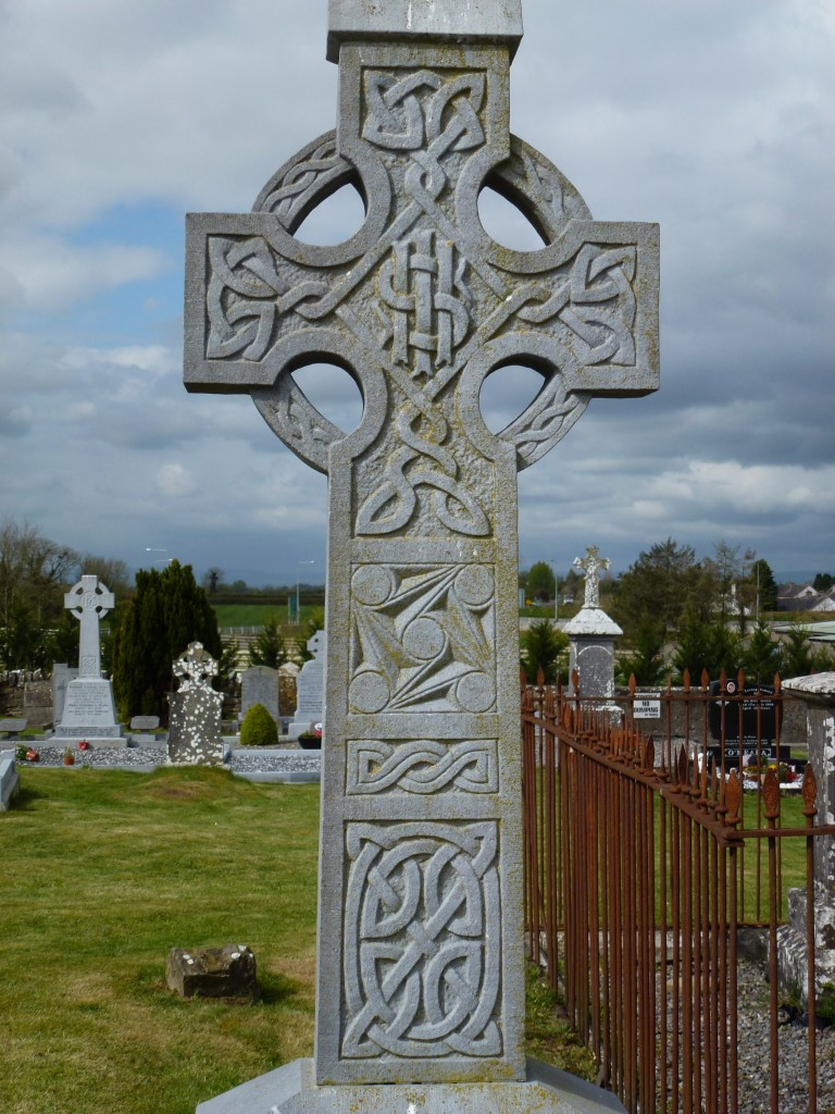 Twomileborris Cemetery Fannings of Coldfields (2)